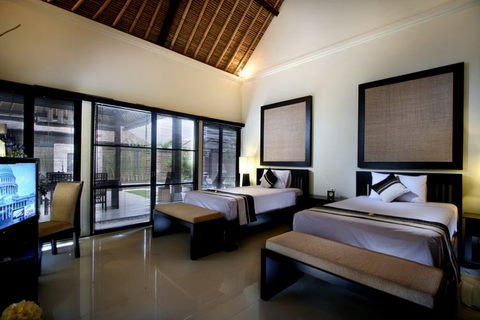 Thumbnail Photo - Deluxe 2 Bed room di Bali Rich Luxury Villas