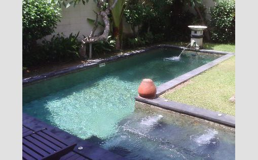 swimming pool di Dampati Villa