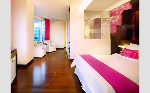 Junior Suite di Favehotel Mex Building Surabaya