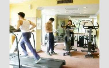 Thumbnail Photo - Gym di Harmoni Hotel