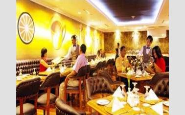 Thumbnail Photo - Restaurant di Harmoni Hotel