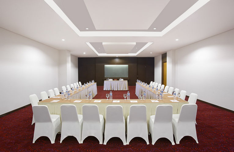 Meeting Room di Santika Palu