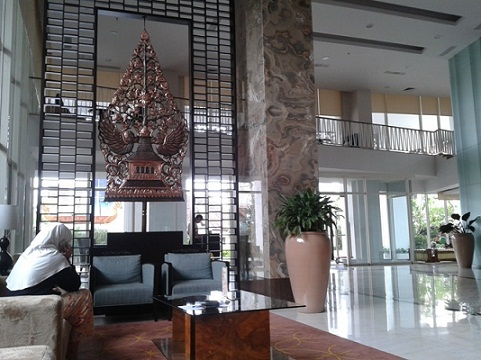 Thumbnail Photo - lobby di erased Jambu Luwuk Malioboro Boutique Hotel