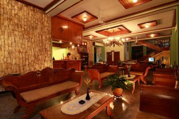 Thumbnail Photo - Lobby di Poeri Devata Resort Hotel