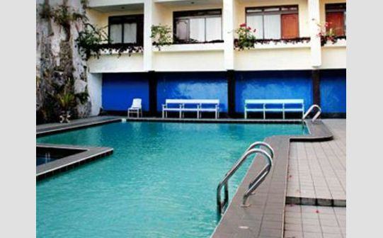 swimming pool di Prima Baturaden