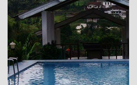 Swimming pool di Resort Prima Selabintana